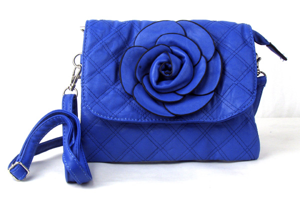 Small Quilted Blue Flower Fashion Handbag